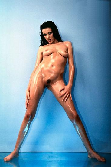 Stars du porno chaudes et nues dans des vidos de sexe